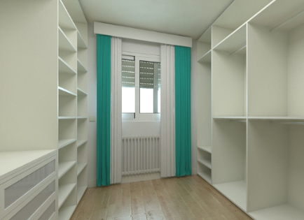 Large walk in robe and shelving image